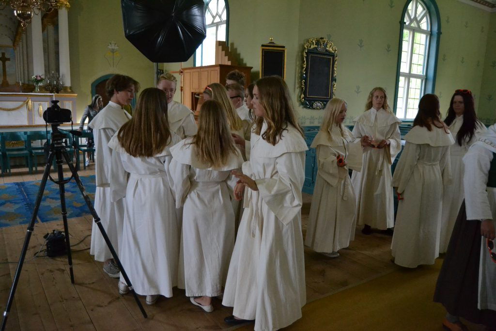 Konfirmandfotografering i Sundborns kyrka
